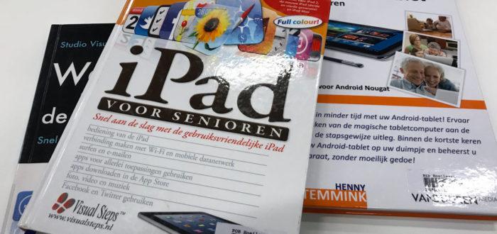 computerboeken voor senioren (foto credits: Eddy Olislaeger)