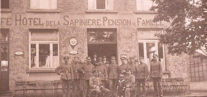 Jefke in het gezelschap van Duitse soldaten (foto credits: Eddy Olislaeger)